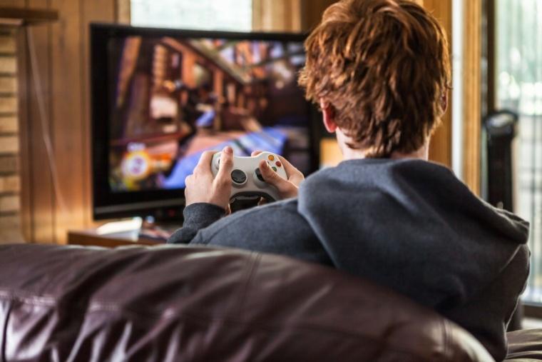 بازیهای ویدیویی احتمالا علائم افسردگی را در پسران کاهش میدهند